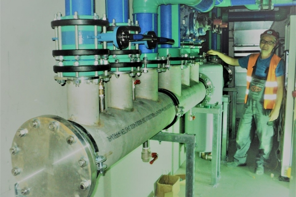 geothermy-manifolds-assemblyCBBAB7FD-21C6-21F8-C78E-DF0A10E7FDA9.jpg